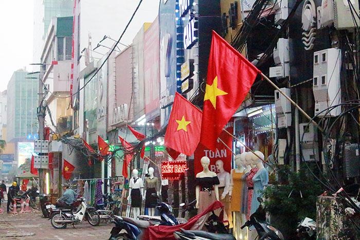 Quận Cầu Giấy đẩy mạnh tuyên truyền kỷ niệm 90 năm Ngày thành lập Đảng bộ TP Hà Nội