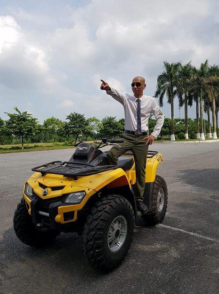 """Diễn viên Phú Lê :""""Dân ngoại đạo"""" đa tài hết lòng vì nghệ thuật"""