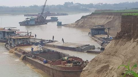 Phú Thọ: Dừng toàn bộ hoạt động khai thác cát, sỏi trên sông Lô từ ngày 25/3