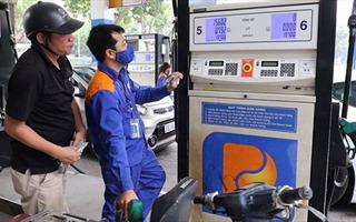 Giá xăng dầu và điện sinh hoạt giảm: Hỗ trợ tích cực người tiêu dùng