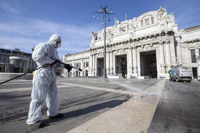 Số người chết vì Covid-19 ở Italia vượt 12.000