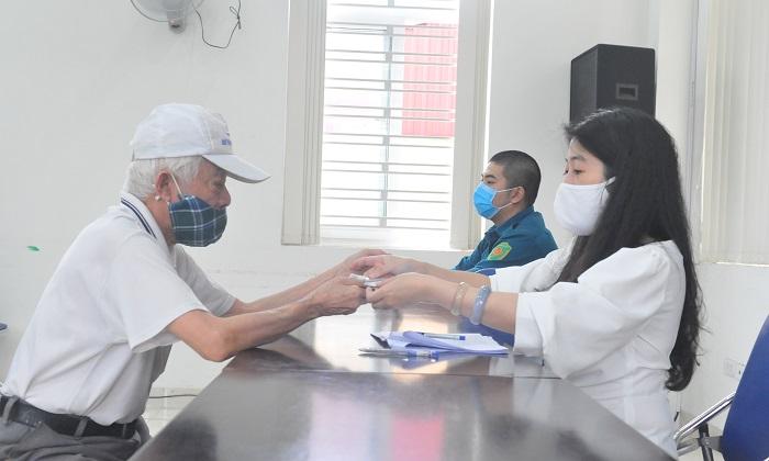 Quận Hoàn Kiếm: Đảm bảo thực hiện hiệu quả chính sách trợ giúp xã hội