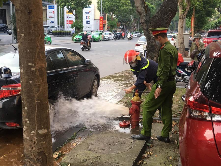 Quận Hoàn Kiếm đảm bảo nguồn nước phục vụ công tác phòng cháy chữa cháy