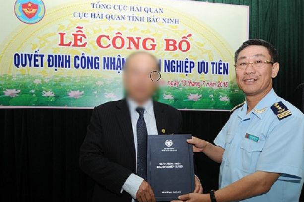 Hàng loạt cán bộ Cục Hải quan Bắc Ninh bị tạm đình chỉ công tác do nghi vấn nhận hối lộ tiền tỷ
