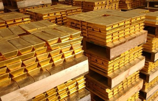 Giá vàng hôm nay 17/5: Giá vàng tăng mạnh, hướng đến đỉnh cao mới