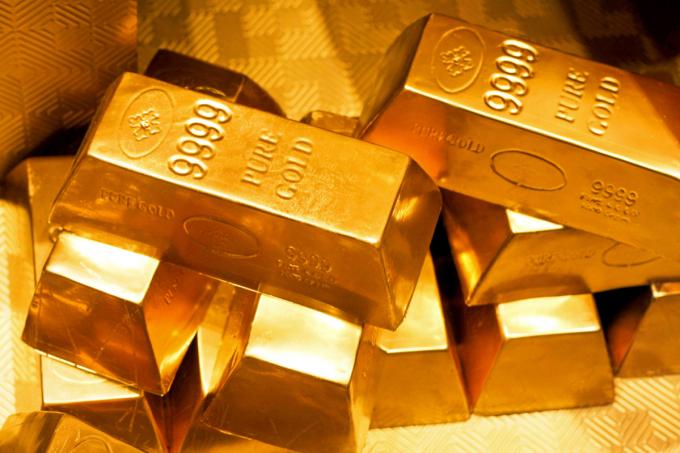 Giá vàng hôm nay 27/5: USD lên cao, giá vàng lao dốc