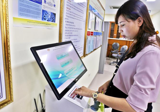 Hà Nội đẩy mạnh ứng dụng trực tuyến