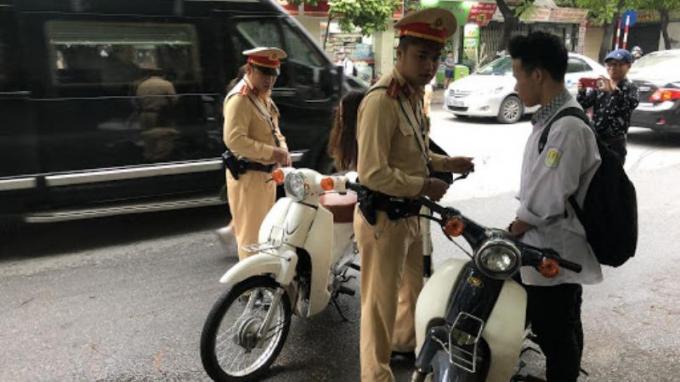 Đề xuất đi xe máy dưới 50cm3 cũng phải có giấy phép lái xe: Cần sự chuẩn bị kỹ lưỡng, có lộ trình phù hợp
