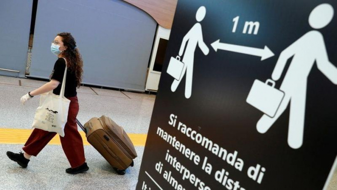 Châu Âu bắt đầu mở cửa trở lại biên giới