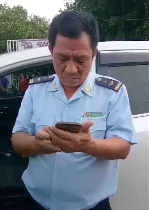 Tạm đình chỉ Phó Chi cục hải quan cửa khẩu Hoàng Diệu 'gây tai nạn bỏ chạy bị dân bắt'