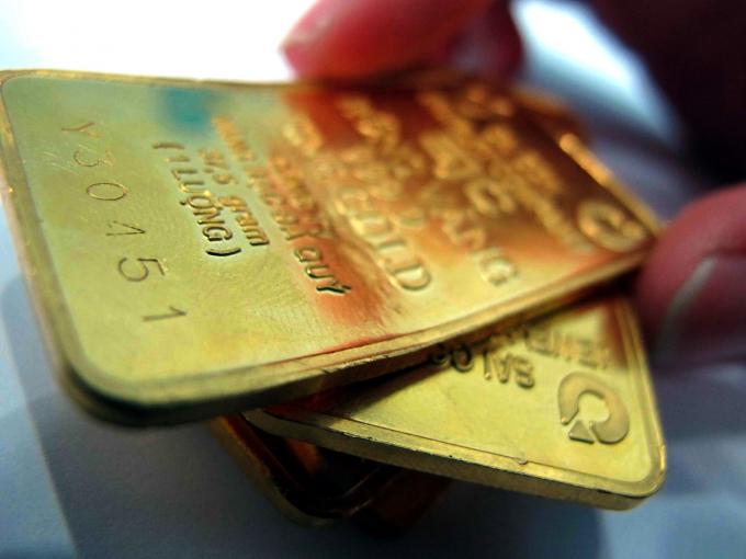 Giá vàng hôm nay 25/7: Vàng thế giới vọt ngưỡng 1.900/ounce, giá vàng trong nước có thể tăng