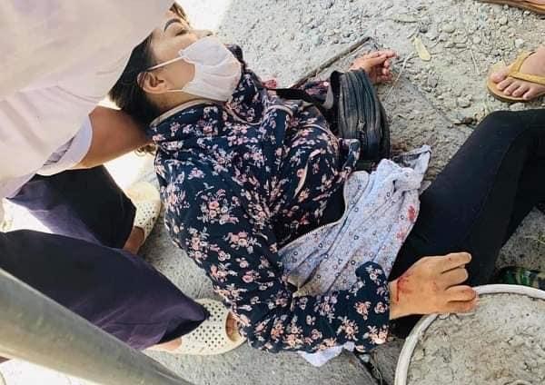 Hà Nội: Đang ngồi bán hoa quả, người phụ nữ bị đâm gục tại chỗ phải nhập viện cấp cứu