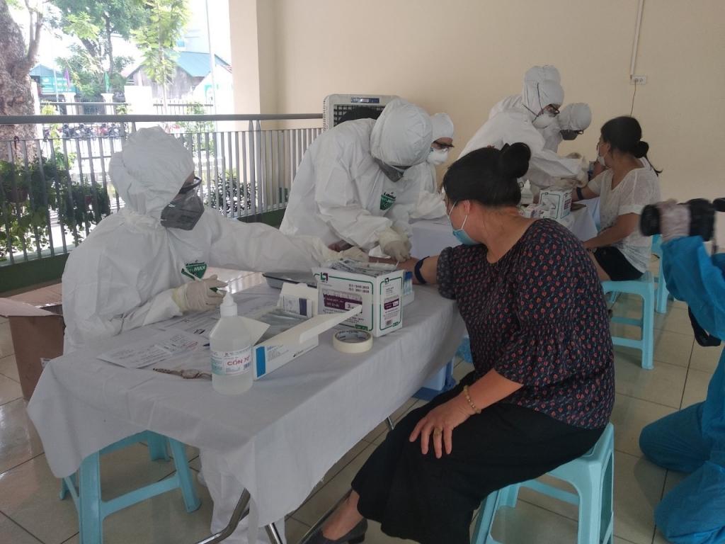 Đã có kết quả xét nghiệm test nhanh của hơn 21.000 người dân Thủ đô từng đến Đà Nẵng