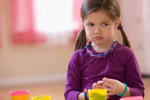 Dạy trẻ 3 tuổi những việc gì?