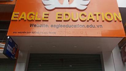 Hàng nghìn người rơi vào bẫy, khi trung tâm ngoại ngữ Eagle Education bất ngờ biến mất?