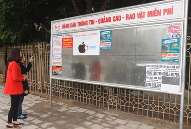 Hà Nội: Không khởi tố vụ đánh tráo hàng trăm cột inox bảng quảng cáo