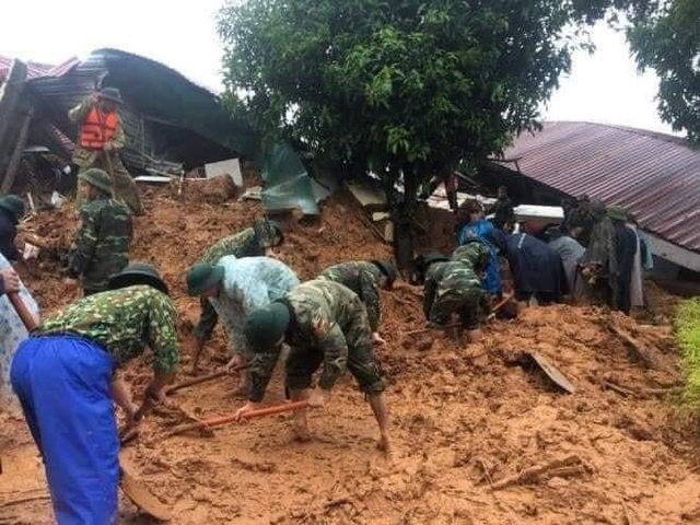 Cứu hộ xuyên đêm, tìm thấy 14 thi thể chiến sĩ sư đoàn 337 gặp nạn