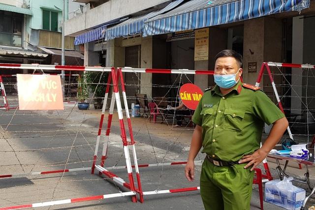TP HCM : Phong tỏa một khu chung cư có người nghi mắc Covid-19
