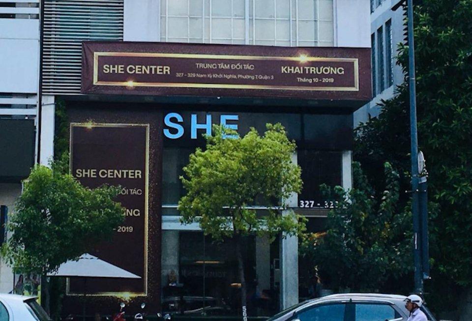 Thẩm mỹ viện She Center: Dấu hỏi về chất lượng dịch vụ và đội ngũ bác sĩ?