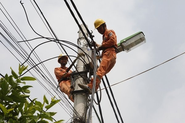 Công ty Điện lực Hà Đông: Nỗ lực vì dân