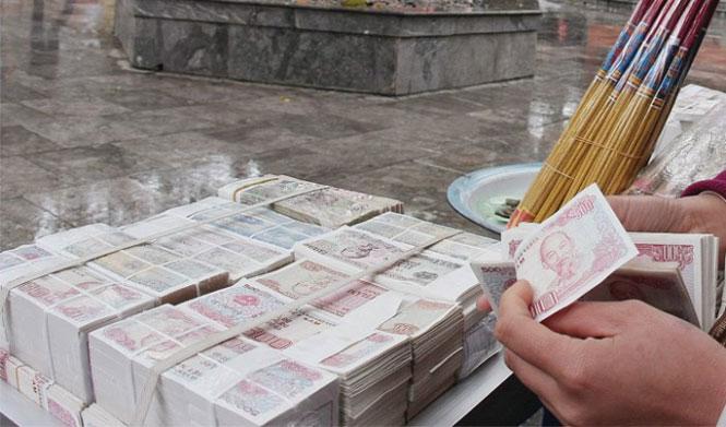 Sôi động thị trường đổi tiền lẻ online