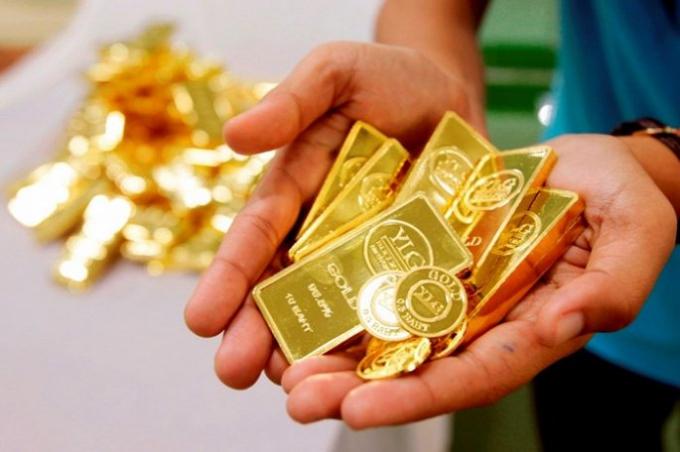 Giá vàng hôm nay 14/1: Vàng chịu áp lực giảm giá vì Bitcoin