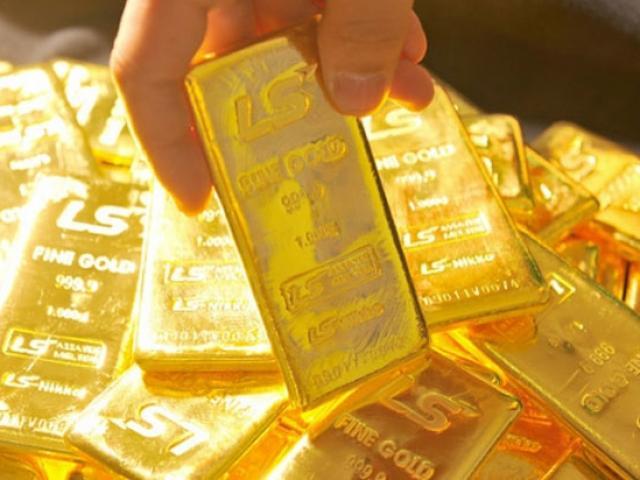 Giá vàng hôm nay 19/1: Vàng bất ngờ ngược dòng tăng giá trở lại