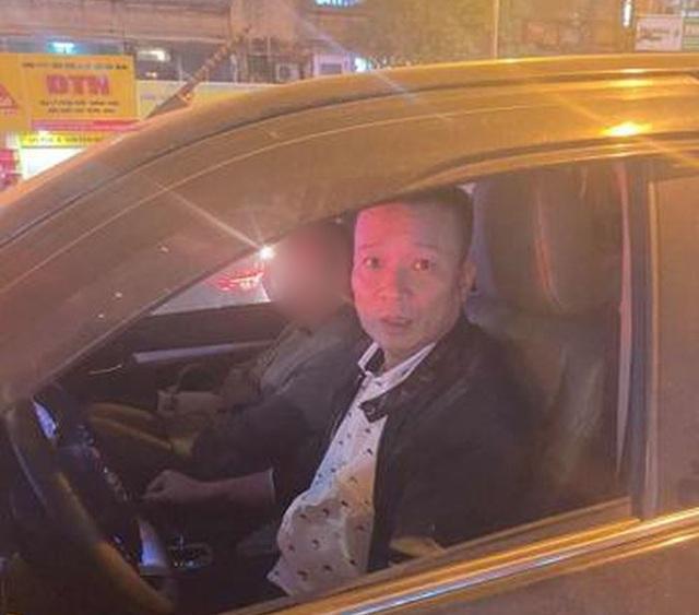 Hà Nội: Khởi tố tài xế đánh người vì bị nhắc dừng xe lâu