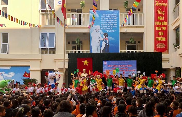 Quận Hoàn Kiếm tích cực trong phong trào chống rác thải nhựa