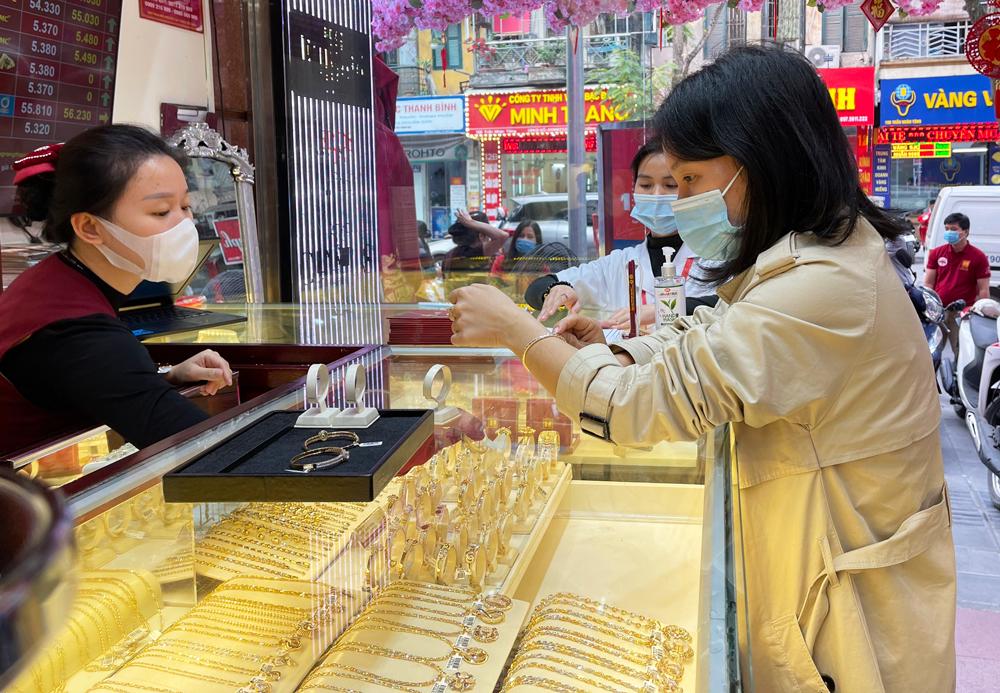 Thị trường vàng trước ngày vía Thần Tài: Lác đác người mua