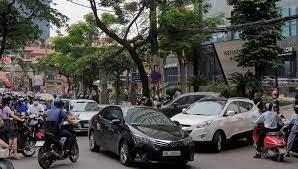 Dự án mở rộng đường Nguyễn Tuân và bức xúc của người dân