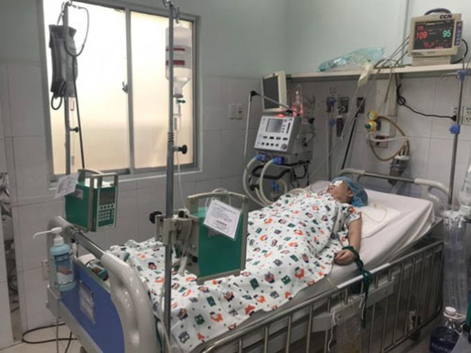 Bộ Y tế vào cuộc điều tra vụ ngộ độc patê chay
