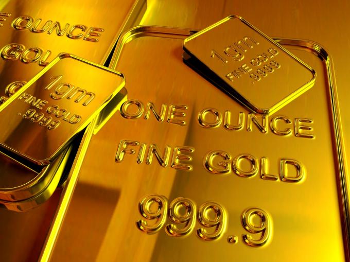 Giá vàng hôm nay 13/4: Giá vàng lao dốc trước áp lực phục hồi của USD
