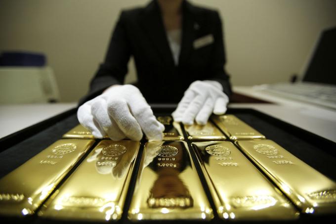 Giá vàng hôm nay 20/4: Giá vàng tăng mạnh, vượt ngưỡng 56 triệu đồng/lượng