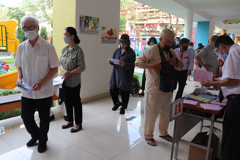 Hà Nội: Đến cuối ngày bầu cử đã đạt tỷ lệ 99,13% cử tri toàn thành phố đi bỏ phiếu