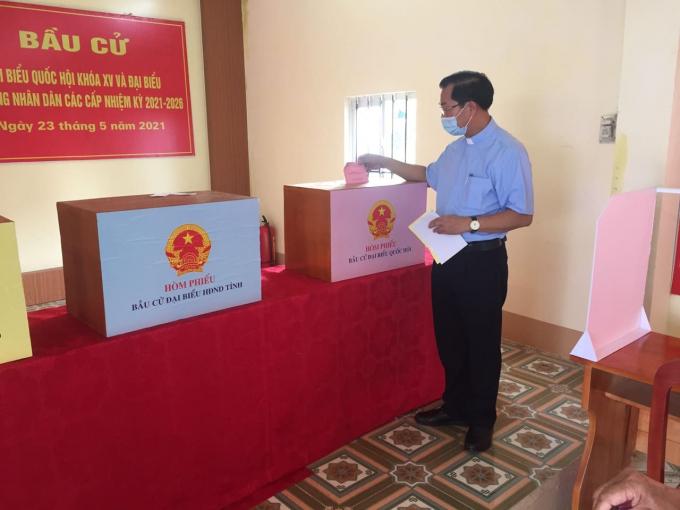 Quảng Ninh: Đến 18h30 nhiều địa phương đã hoàn 100% cử tri đi bỏ phiếu