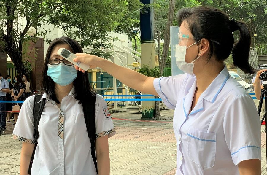 100% thí sinh phải hoàn thành khai báo y tế trước khi đến điểm thi