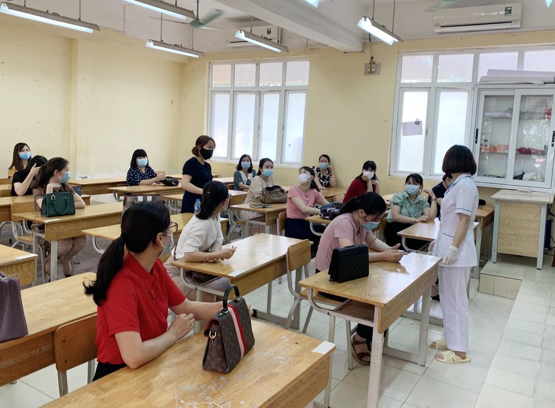 Thường vụ Thành uỷ Hà Nội yêu cầu tổ chức nghiêm túc, an toàn tuyệt đối kỳ thi vào lớp 10