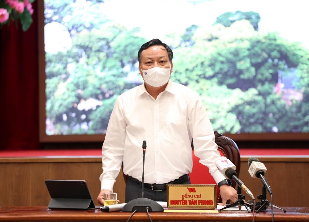 Ban Thường vụ Thành ủy Hà Nội đồng ý với đề xuất tiếp tục giãn cách xã hội đến 6 giờ ngày 6/9