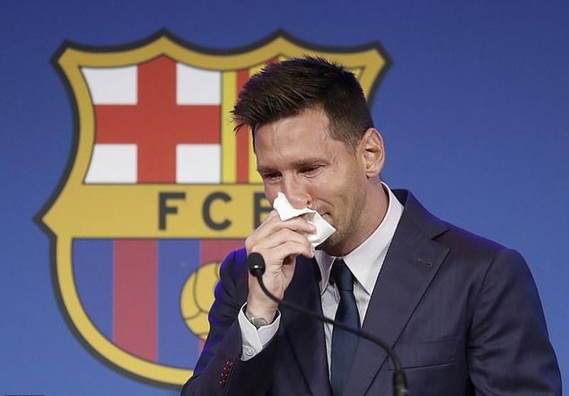 Barcelona có động thái ngăn cản PSG chiêu mộ Lionel Messi
