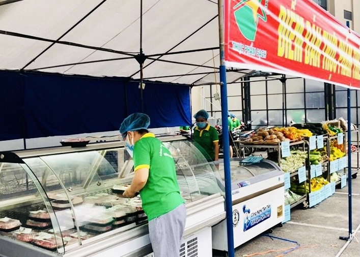 Quận Thanh Xuân tổ chức 4 điểm bán hàng lưu động phục vụ người dân