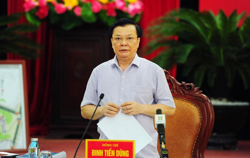 Bí thư Thành ủy Hà Nội Đinh Tiến Dũng: Nhiệm vụ phải làm ngay là thực hiện giãn cách xã hội một cách thực chất