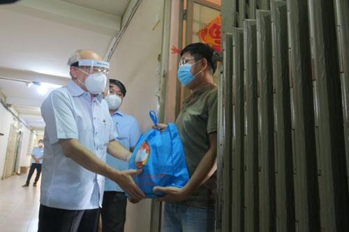 Hà Nội hỗ trợ Thành phố Hồ Chí Minh 75 tỷ đồng để đảm bảo an sinh xã hội