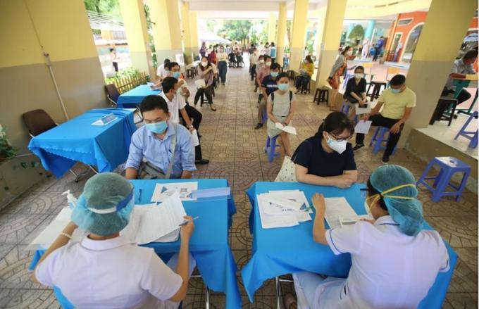 Ngày 9/9, số ca nhiễm Covid-19 tại TP HCM giảm, Bình Dương tăng