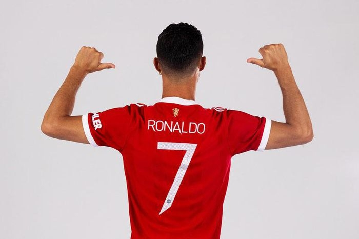 Ronaldo sẽ khoác áo số 7 ở Manchester United