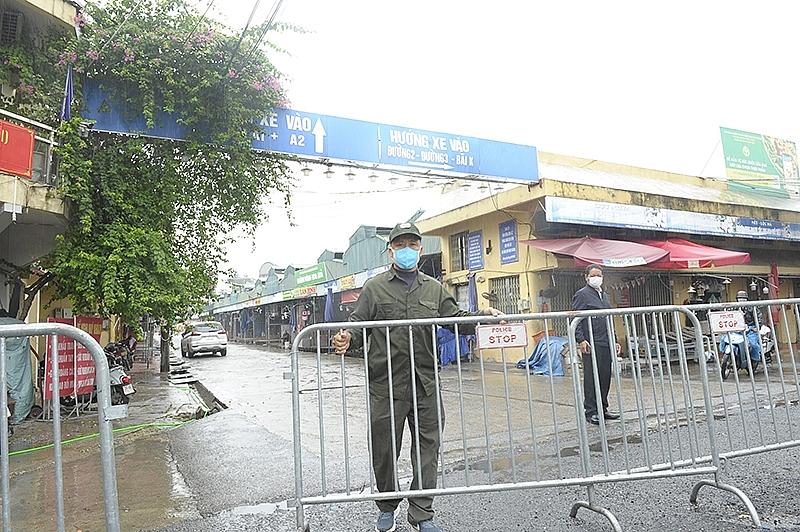 Chợ Long Biên hoạt động trở lại từ ngày mai (21/10)