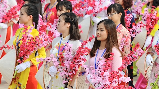 Chào mừng Ngày phụ nữ Việt Nam 20/10: Cộng đồng mạng dành lời yêu thương gửi mẹ